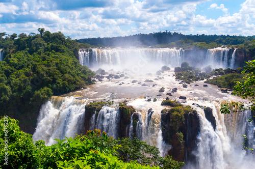 La pose en embrasure Brésil Panorama view of Iguassu Falls, waterfall in Brazil