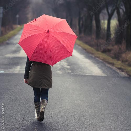 Valokuva  Girl under Rain