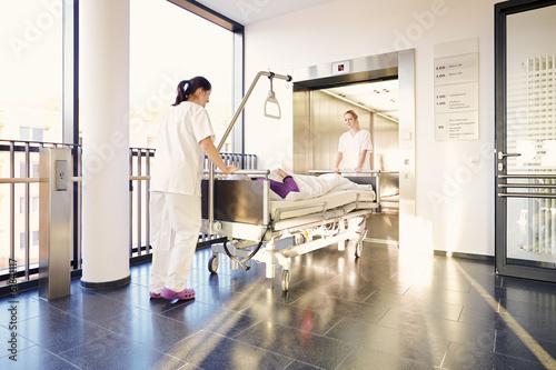 Fotografía  Patientin Bett Krankenschwestern Krankenhaus
