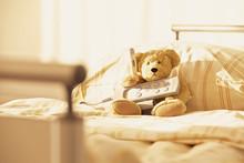 Bett Teddy Bär Krankenhaus Fernbedienung