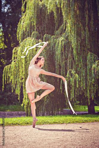 baleriny-w-parku