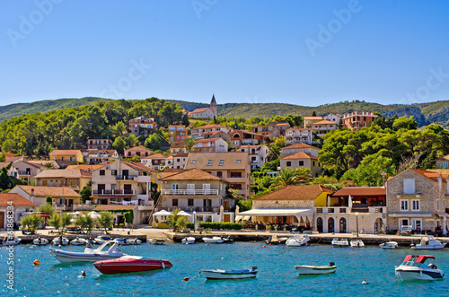 Deurstickers Stad aan het water Port of Jelsa town on Hvar island, Croatia