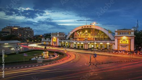 Foto op Plexiglas Caraïben The classic railway station of Thailand (Hua Lamphong twilight i