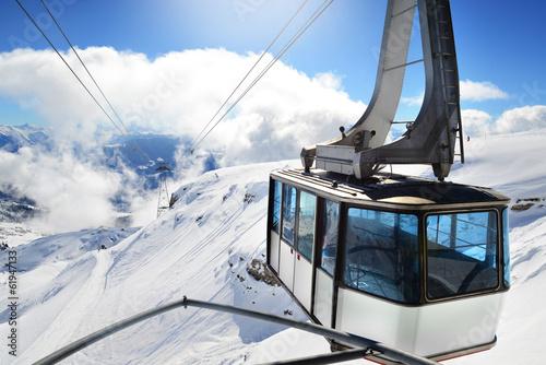 Spoed Foto op Canvas Gondolas Gondel Luftseilbahn Winter
