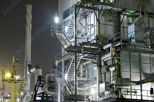 Staande foto Industrial geb. Industrial complex at night