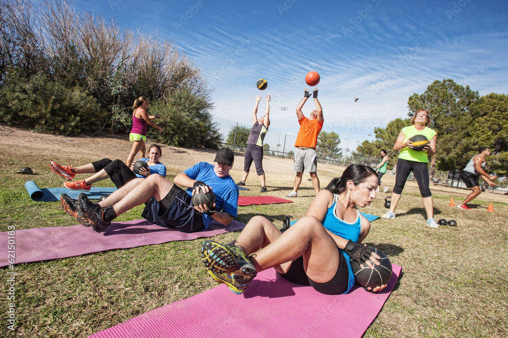 Fototapety, obrazy: Outdoor Bootcamp Fitness Class