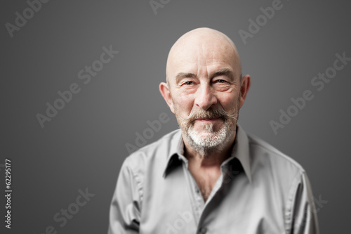 Fotografia  senior man with beard