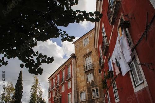Photo  Häuser mit Wäscheleine
