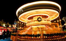 Edinburgh Carousel At Christma...