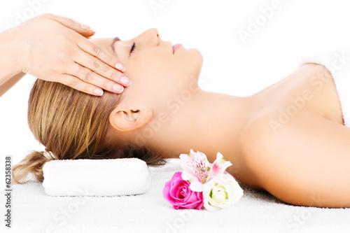 Fotografie, Obraz  Žena s masáž hlavy