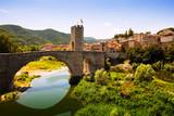 Most przy średniowiecznym mieście
