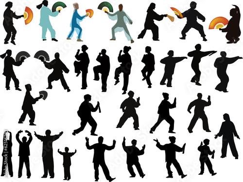 Fotografia  thirty kung fu sportsmen on white