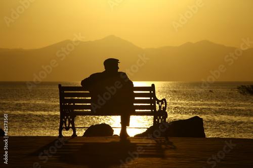 Fotografie, Obraz  yalnız günbatımı izlemek