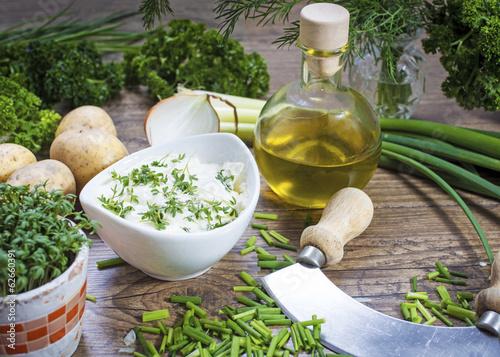 Fotografie, Obraz  Kartoffeln, Kräuter und Quark