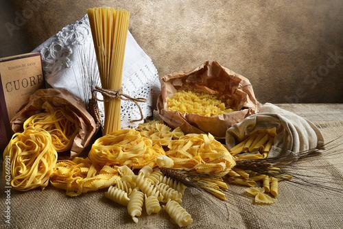 Fotografía  Pasta varia sfondo vintage
