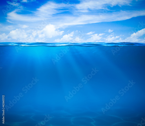 Fotomural  Sea or ocean water surface and underwater