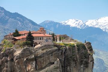 Fototapeta na wymiar Греция. Метеоры. Монастырь Святой Троицы