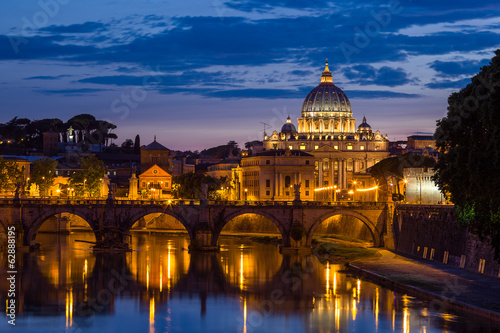 Deurstickers Rome Night view at St. Peter's cathedral in Rome, Italy