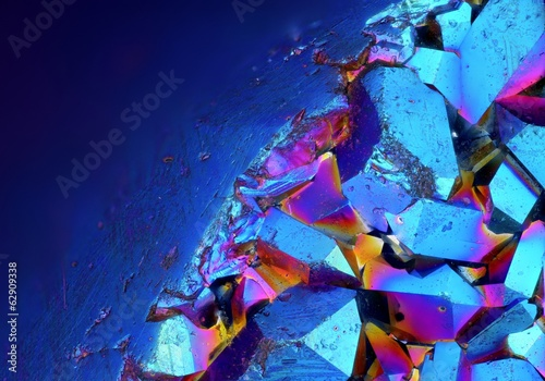fototapeta na szkło Ekstremalne szczegółowe powierzchni tytanu Aura Kryształowej Cluster
