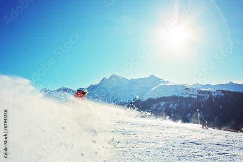 Poster Wintersporten Ski Alpin in den Bergen