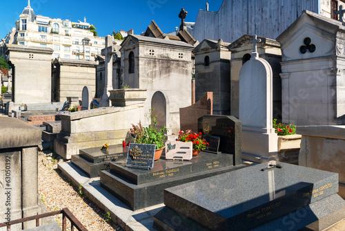 Papiers peints Cimetiere Montmartre Cemetery in Paris