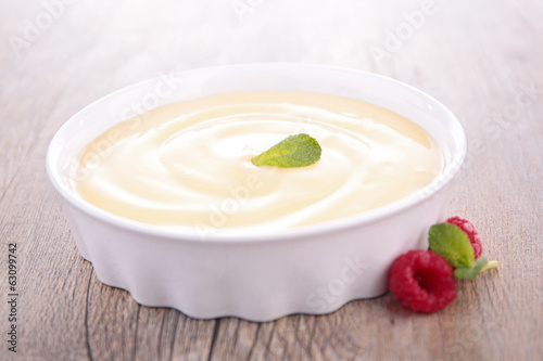 vanilla cream dessert and berries Canvas Print