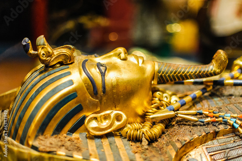 Mask of pharaoh Tutankhamun Wallpaper Mural
