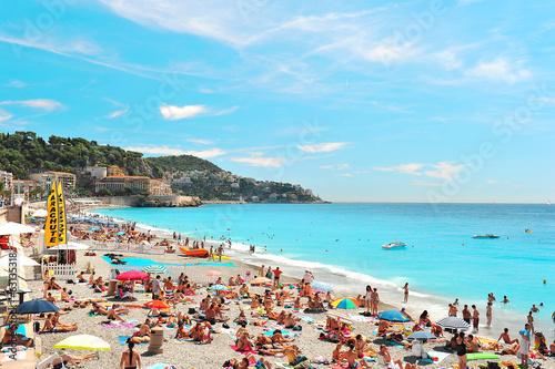 Deurstickers Nice People relaxing on the public beach in Nice