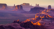 Monument Valley, West Canyon, America