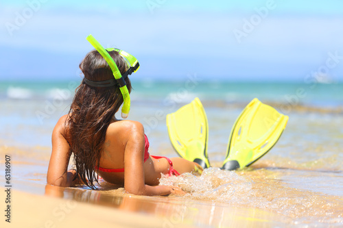Fotografia, Obraz  Relaxing woman on summer beach vacation holidays
