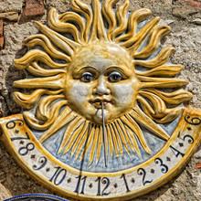 Ceramic Sundial Meridian