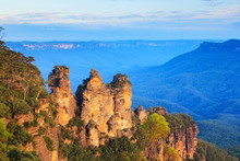 Three Sisters Australia