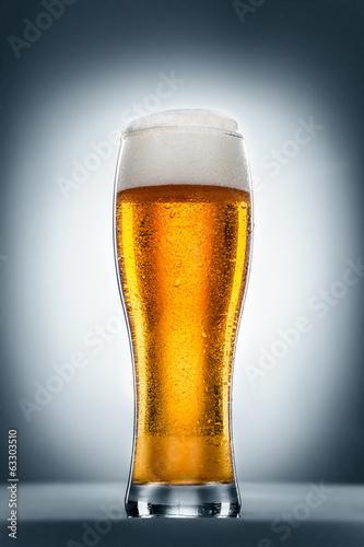 Foto op Plexiglas Bier / Cider glass of wheat beer