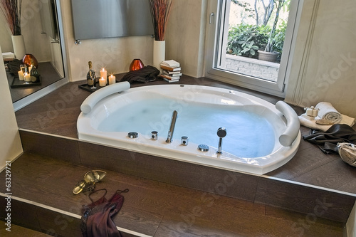 Vasca Da Bagno Moderno : Bagno moderno con vasca u decoah