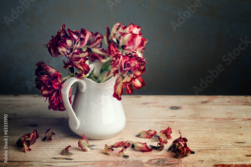 Photo  Stillleben mit Tulpen