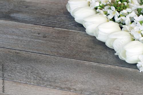 Tulpen mit Kirschblüten Plakat