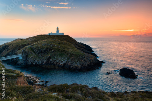 In de dag Vuurtoren Strumble Head Lighthouse, Wales