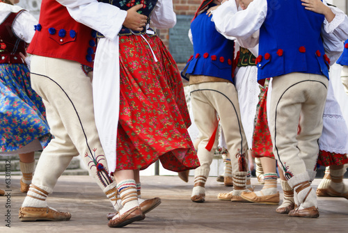 Horizontal colour image of female polish dancers in traditional Canvas Print