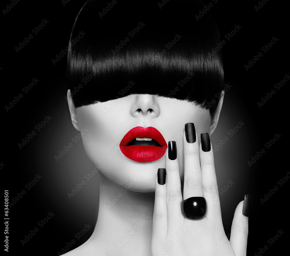 Fototapeta Fashion Model Girl with Trendy Hairstyle, Makeup and Manicure