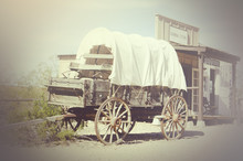 Wild West Wagon And General St...