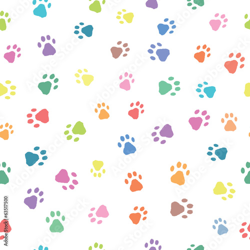 Seamless patterns with prints of animals