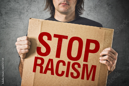 Valokuva  Stop racism message