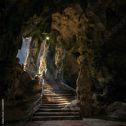 Foto Khao Luang cave in Phetchaburi, Thailand