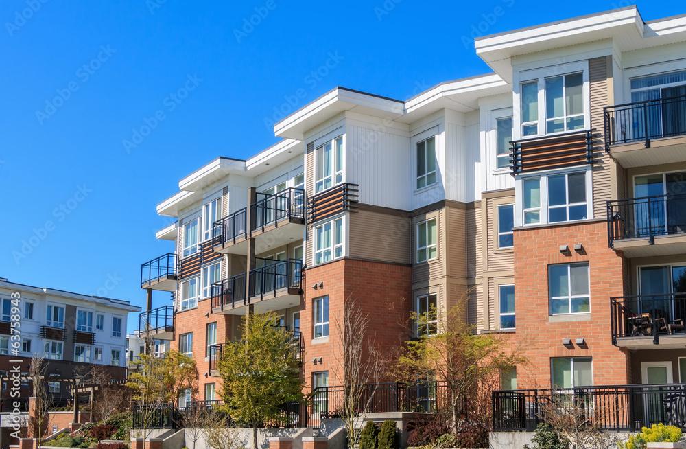 Fototapety, obrazy: Apartment Building