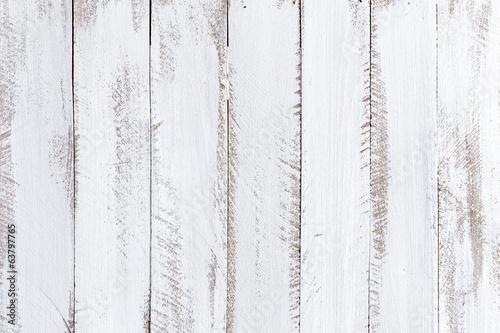 biale-tlo-drewna