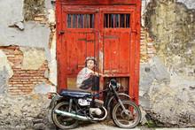 "Graffiti ""Boy On A Bike"" ."