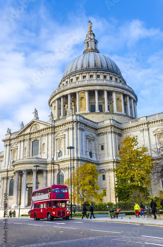 St. Paul's Cathedral and red doubledeckers with tourists, UK Wallpaper Mural