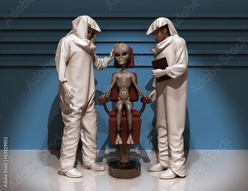 Fotografie, Obraz  Científicos examinando un extraterrestre