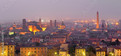 Fotografie, Tablou Bologna - Outlook to Bologna old town from church San Michele
