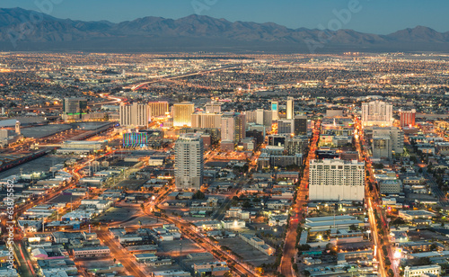 Spoed Foto op Canvas Las Vegas Las Vegas Downtown - Aerial view of generic buildings before sun
